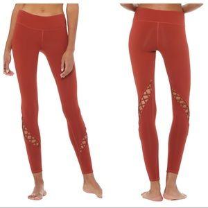 NWT ALO Yoga Entwine Leggings Amber size L